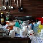 Bagaimana cara dapatkan review positif dan rating 5 bintang sebagai host di Airbnb?